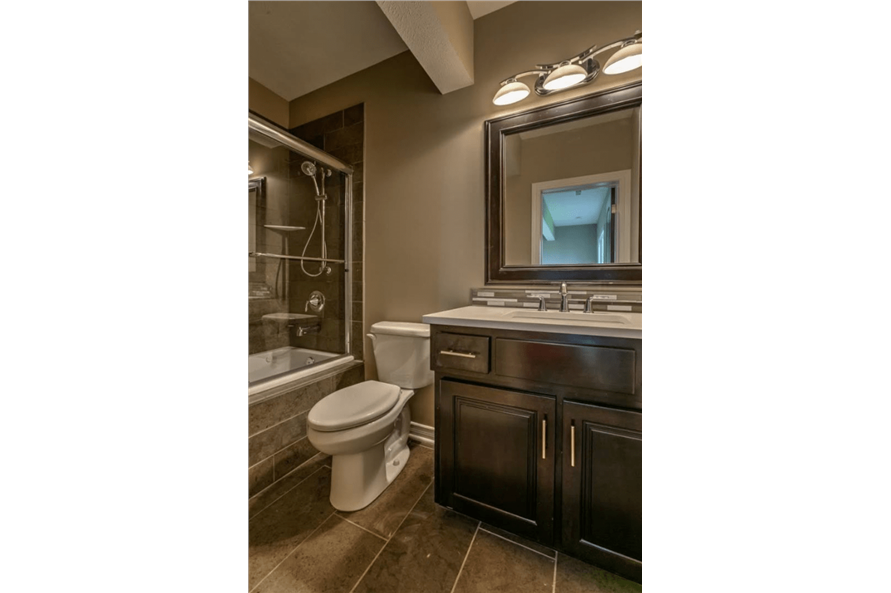 100-1071: Home Interior Photograph-Bathroom