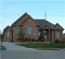 House Plan #100-1076