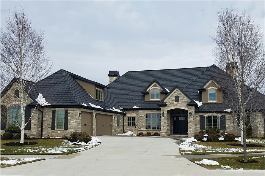 3-Bedroom, 4853 Sq Ft Prairie House Plan - 100-1228 - Front Exterior