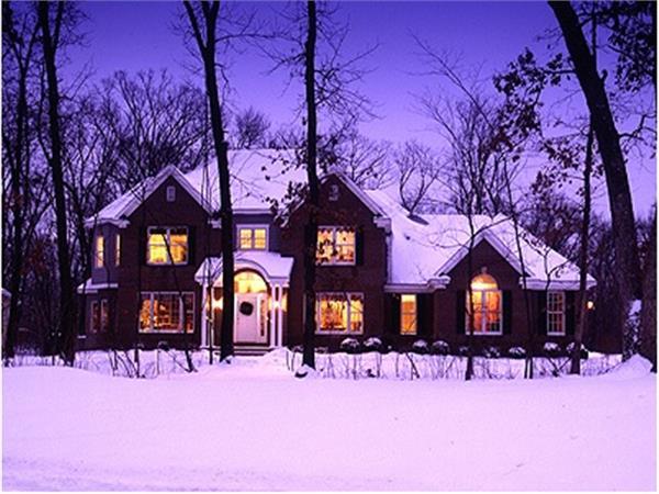 101-1045: Home Exterior Photograph