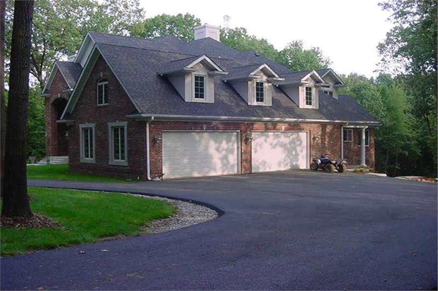101-1126: Home Exterior Photograph-Garage