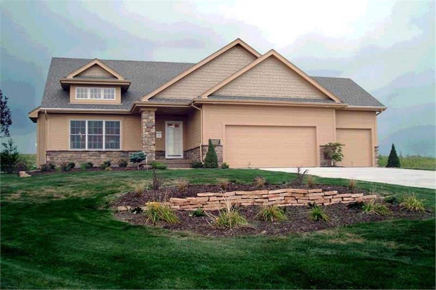 3-Bedroom, 1735 Sq Ft Ranch Home Plan - 101-1199 - Main Exterior