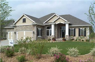 2-Bedroom, 2049 Sq Ft Traditional Home Plan - 101-1336 - Main Exterior