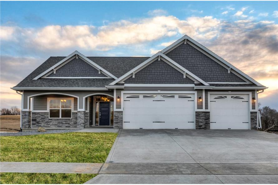3-Bedroom, 2005 Sq Ft Ranch House Plan - 101-1998 - Front Exterior