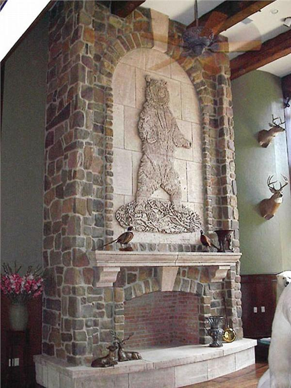 FIREPLACE DETAIL