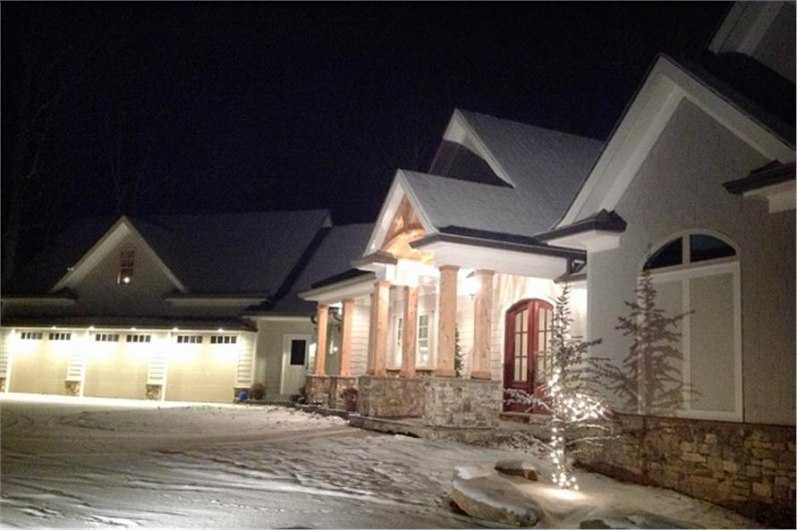 Home at Night of this 3-Bedroom,2499 Sq Ft Plan -2499