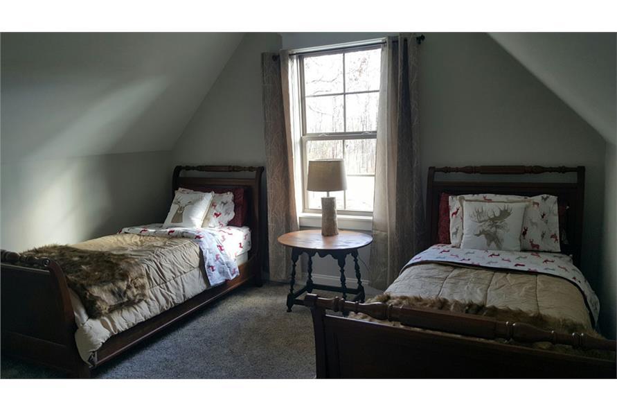 106-1275: Home Interior Photograph
