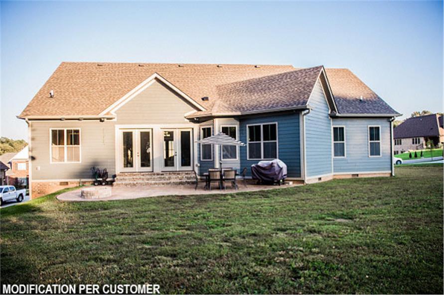 106-1281: Home Exterior Photograph