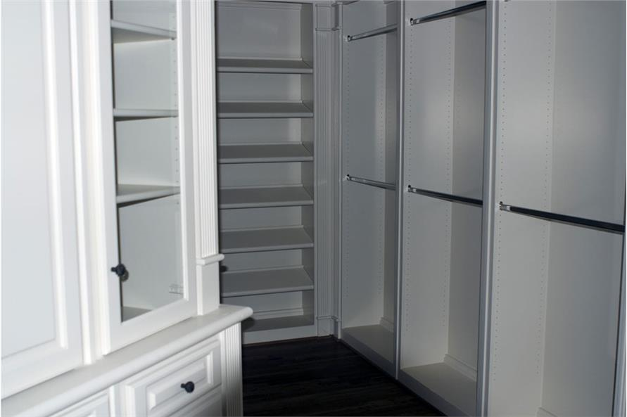 106-1312: Home Interior Photograph-Storage and Closets