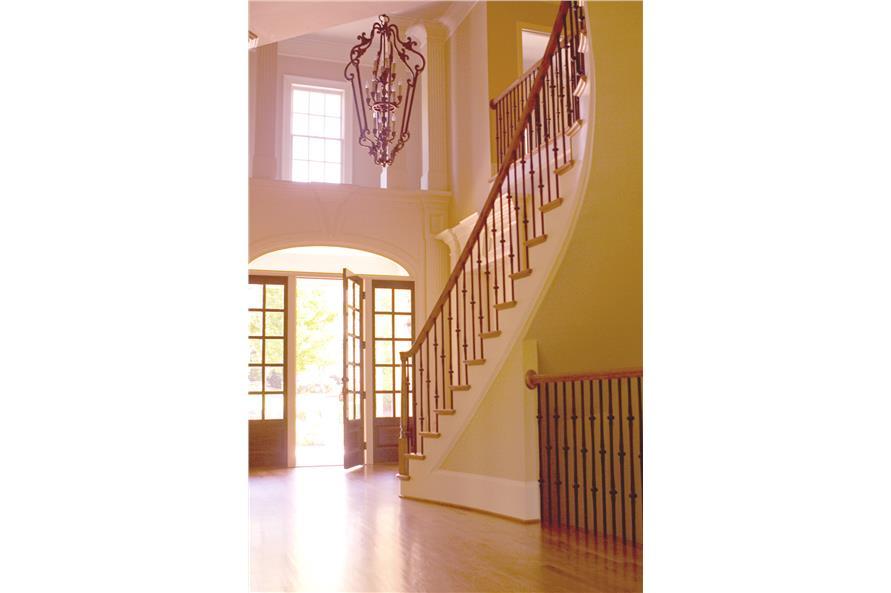 106-1312: Home Interior Photograph-Entry Hall: Foyer