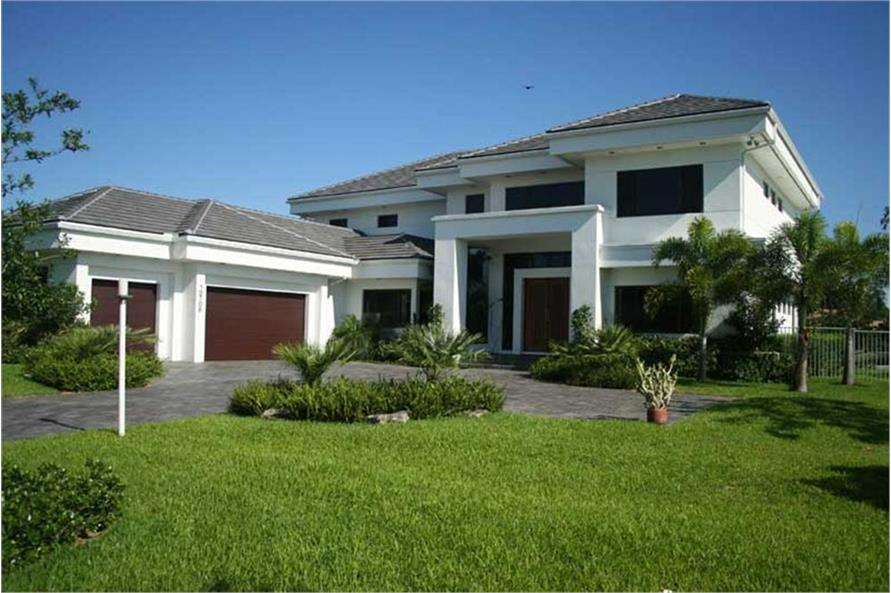 Contemporary home with 4 bdrms 5555 sq ft house plan for Florida house designs