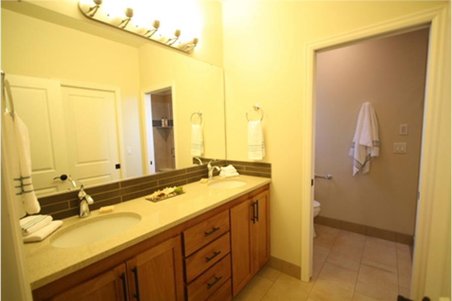 108-1748: Home Interior Photograph-Bathroom