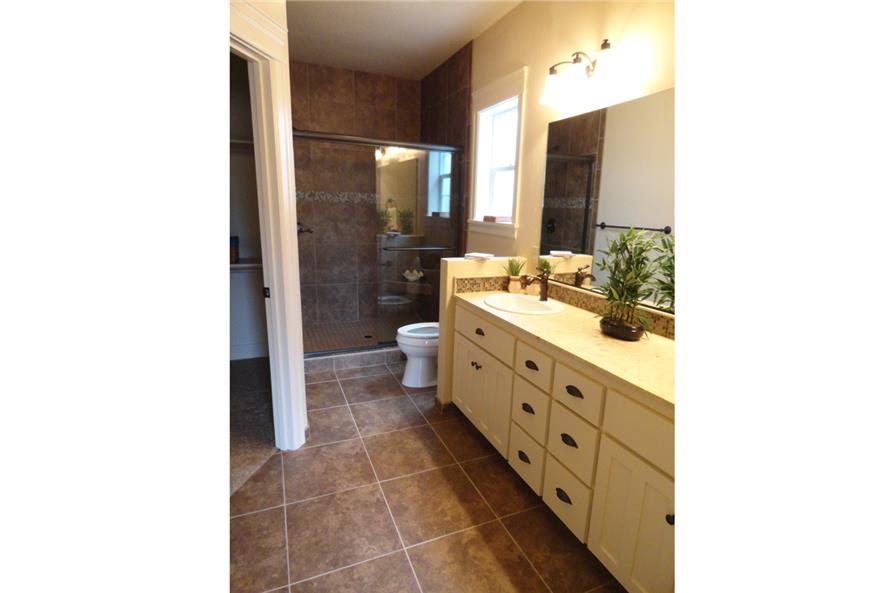108-1756: Home Interior Photograph-Bathroom