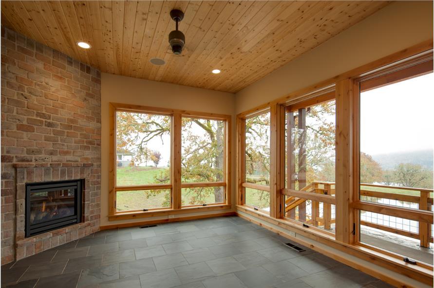 108-1788: Home Interior Photograph
