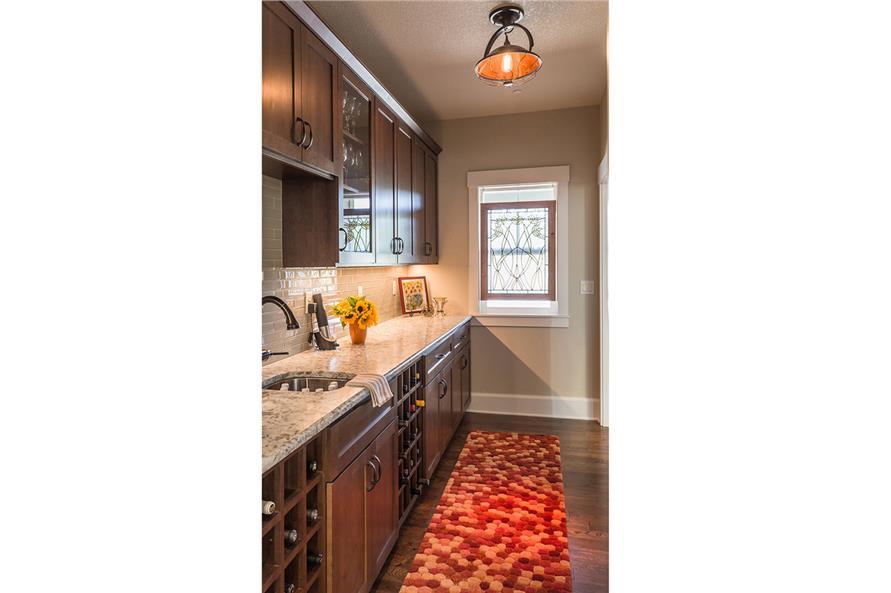 108-1789: Home Interior Photograph-Kitchen: Pantry