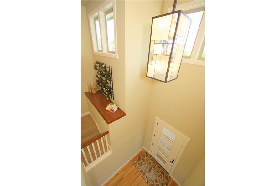 108-1791: Home Interior Photograph-Entry Hall: Foyer