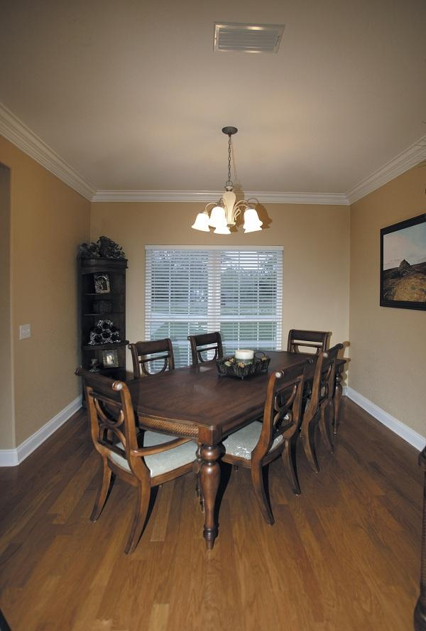 109-1086 home plan dining room