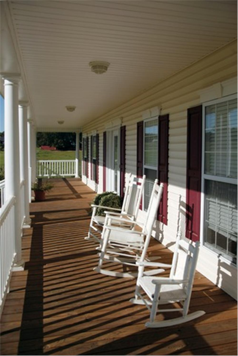 109-1093 porch view
