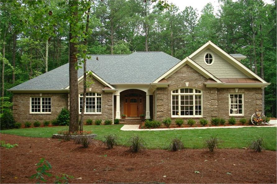 3-Bedroom, 2461 Sq Ft Country House Plan - 109-1103 - Front Exterior