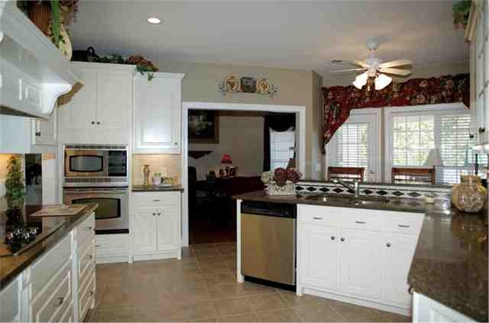 109-1112 house plan kitchen 2nd view