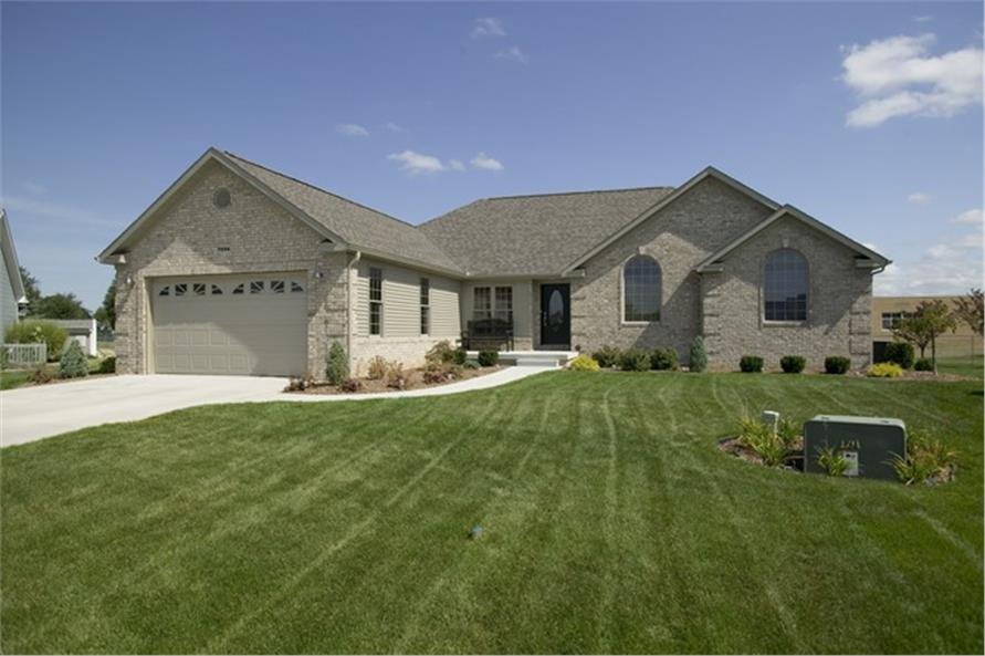 3-Bedroom, 2275 Sq Ft Ranch House Plan - 109-1192 - Front Exterior
