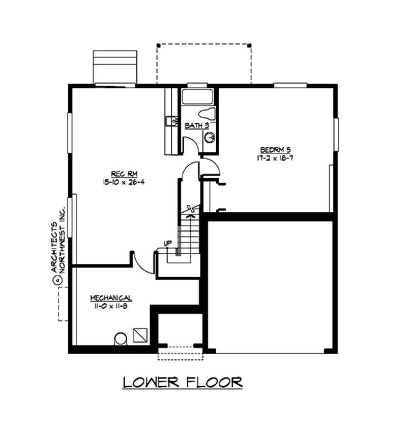Multi level traditional home with 5 bedrms 3716 sq ft for Multi level floor plans