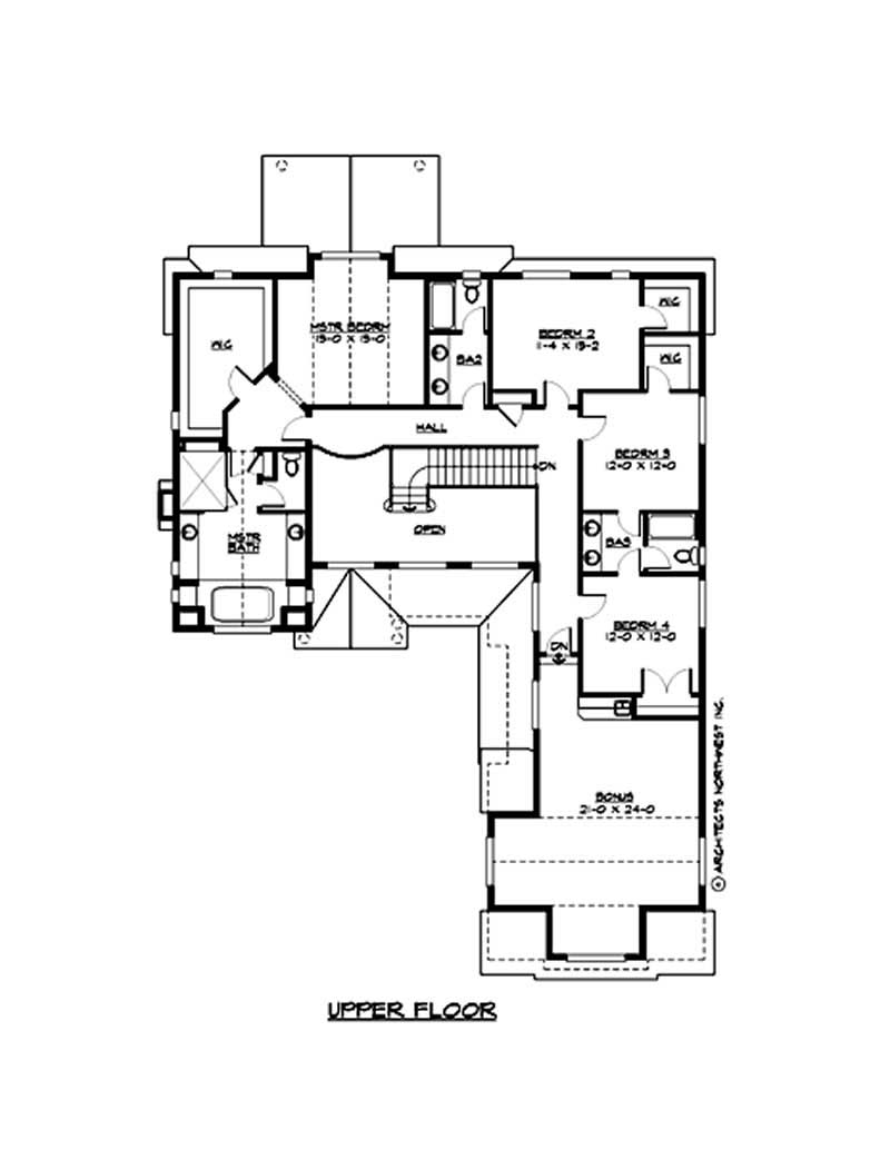 Multi level traditional home with 4 bedrms 3919 sq ft for Multi level floor plans