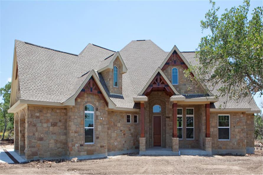 Main photo of this Texas-style Craftsman home. (ThePlanCollection: House Plan #117-1103)