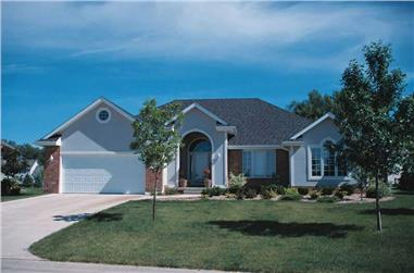 3-Bedroom, 1666 Sq Ft Ranch House Plan - 120-1002 - Front Exterior