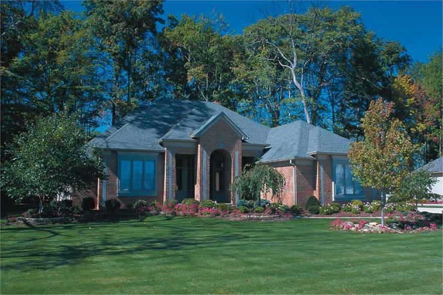 3-Bedroom, 2456 Sq Ft Ranch House Plan - 120-1295 - Front Exterior