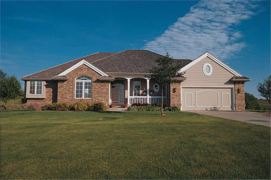 3-Bedroom, 1808 Sq Ft Ranch House Plan - 120-1739 - Front Exterior