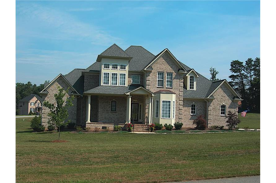 Front View of this 4-Bedroom,2639 Sq Ft Plan -120-1983