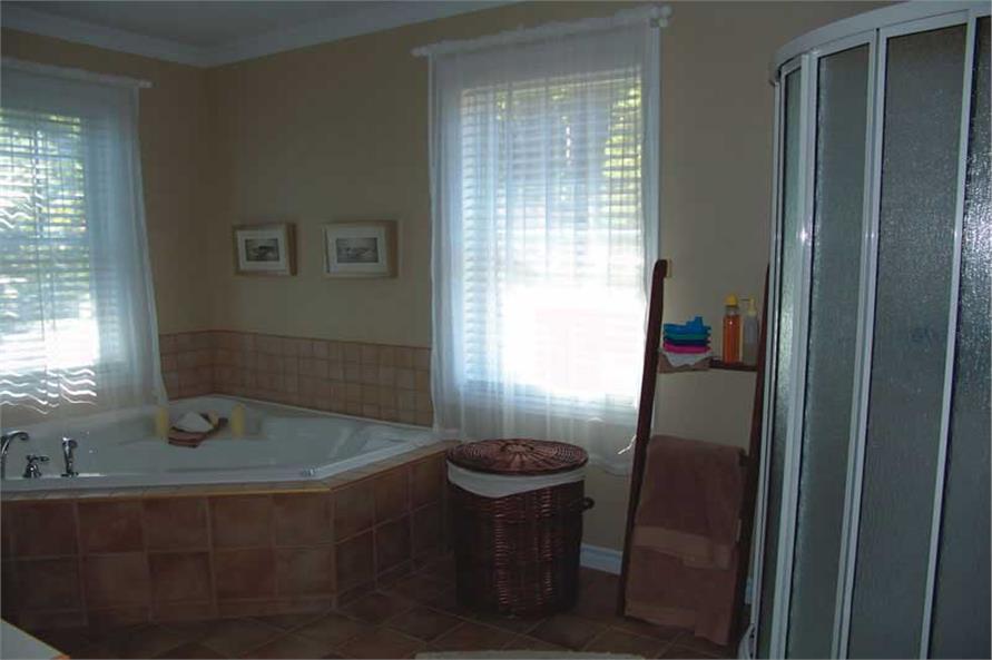126-1020: Home Interior Photograph-Master Bathroom