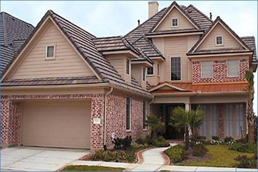 3-Bedroom, 3249 Sq Ft Traditional Home Plan - 134-1207 - Main Exterior
