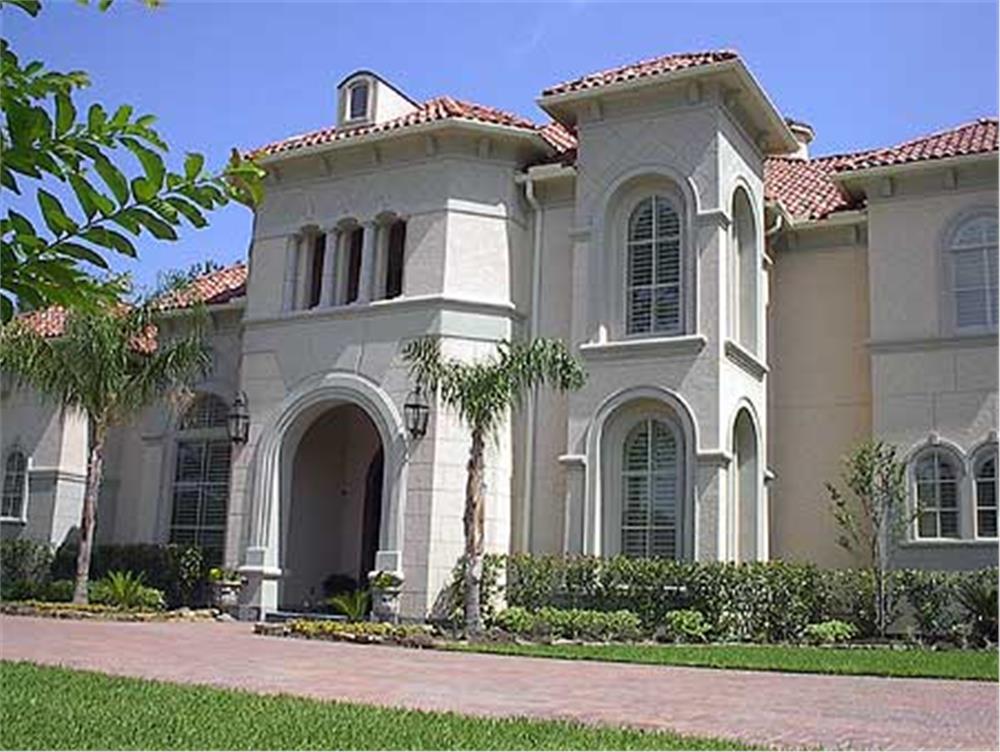 134-1382: Home Exterior Photograph-Front Door