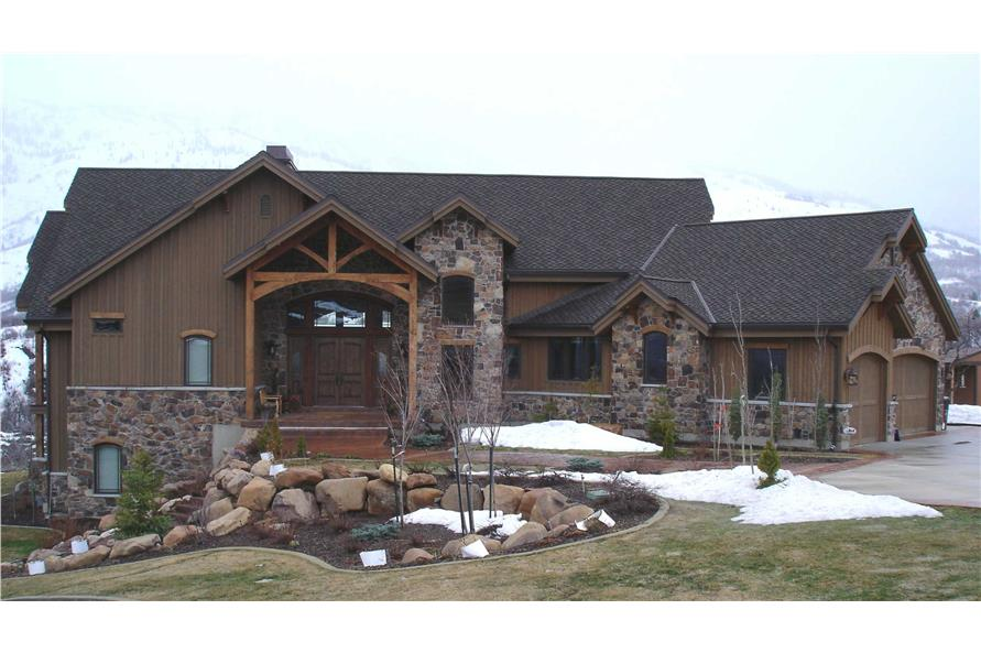 3-Bedroom, 2495 Sq Ft Country Home Plan - 135-1049 - Main Exterior