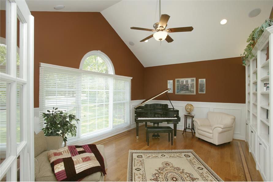 138-1163: Home Interior Photograph