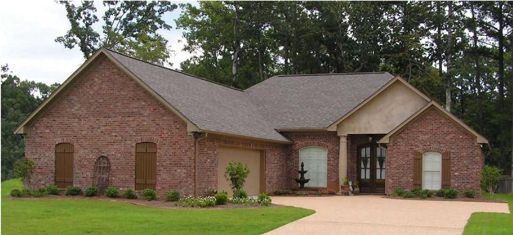 This is a color photo of these Traditional Houseplans.
