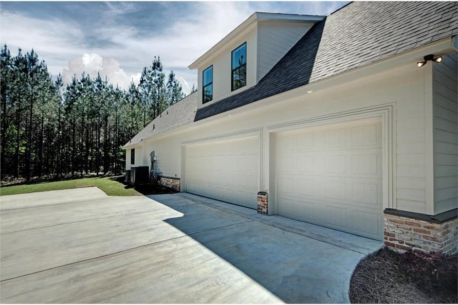 Garage of this 3-Bedroom,2465 Sq Ft Plan -2465
