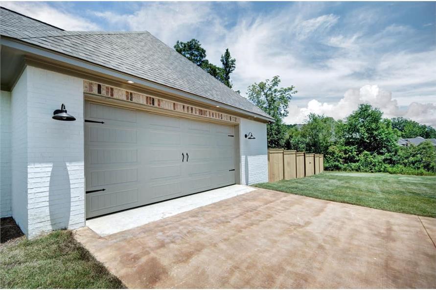 Garage of this 4-Bedroom,2343 Sq Ft Plan -2343