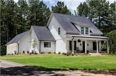 3–4-Bedroom, 2672 Sq Ft Farmhouse Home - Plan #140-1101 - Main Exterior