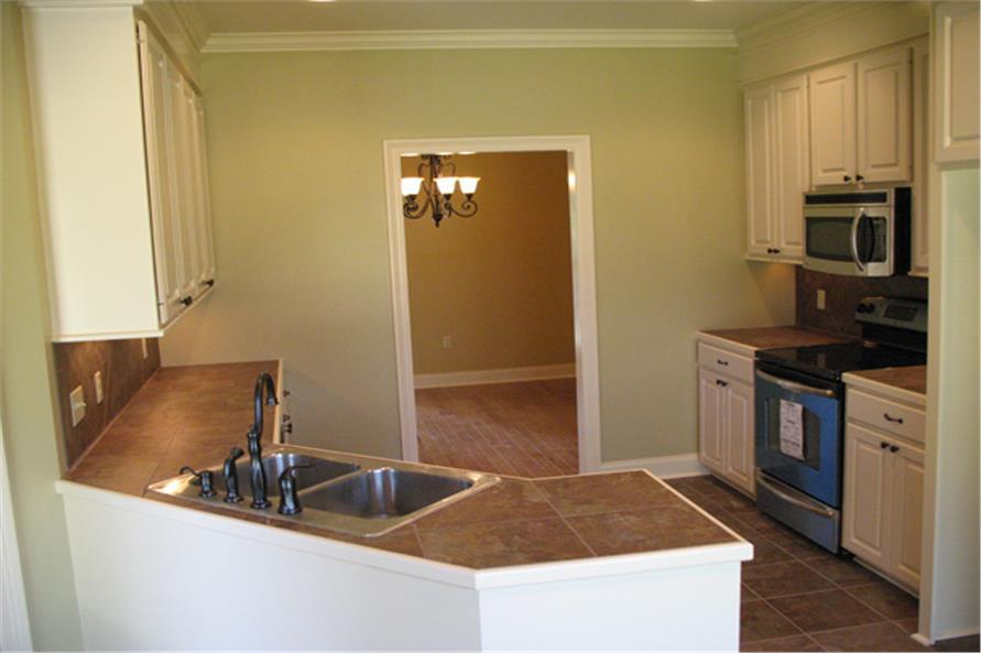 141-1007 house plan kitchen