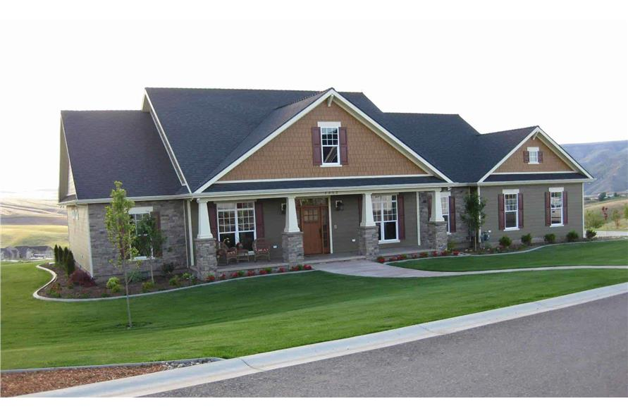 Front View of this 4-Bedroom,2800 Sq Ft Plan -141-1038