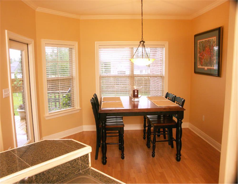 141-1153: Home Interior Photograph-Kitchen: Breakfast Nook