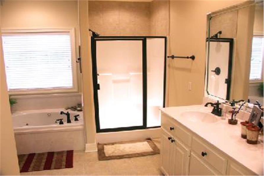 141-1158 house plan bathroom