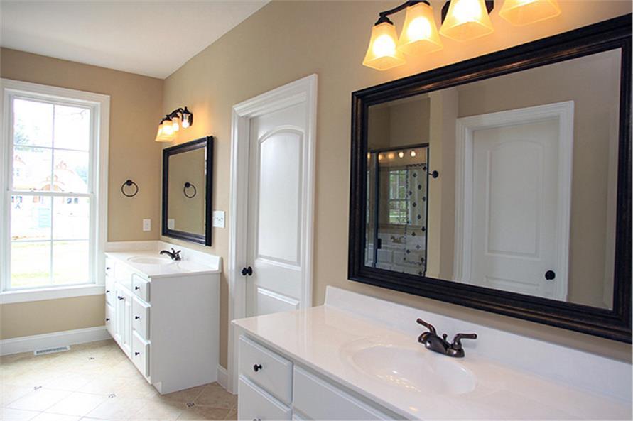 141-1259: Home Interior Photograph-Master Bathroom