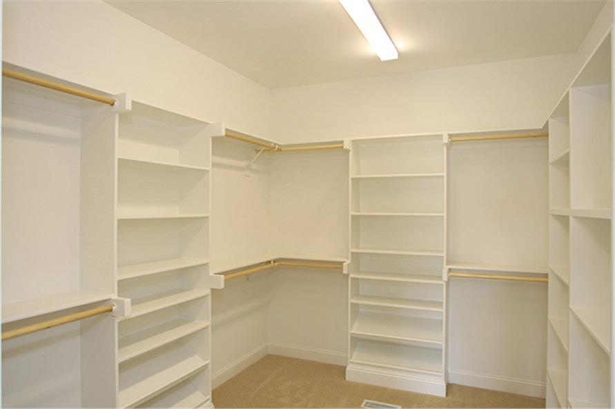 141-1259: Home Interior Photograph-Storage and Closets