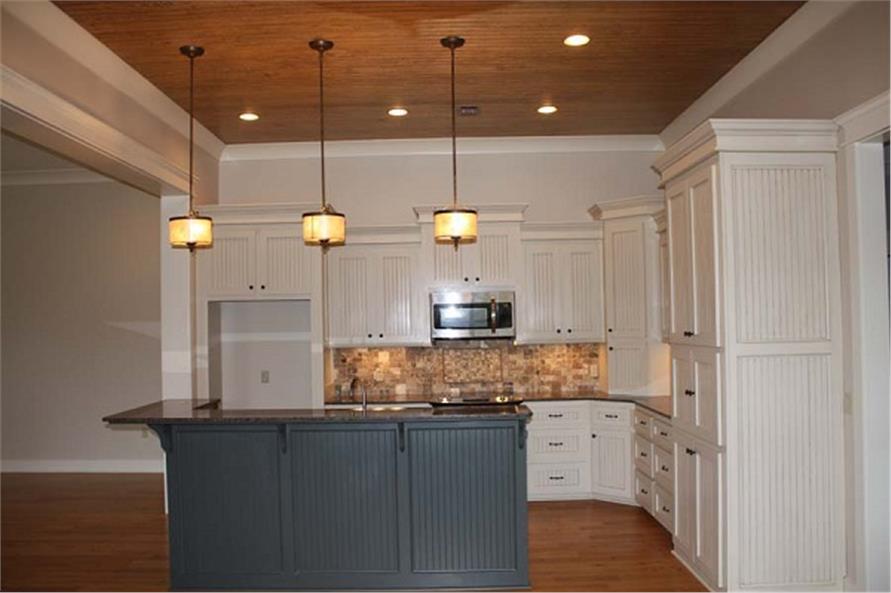142-1048 kitchen view