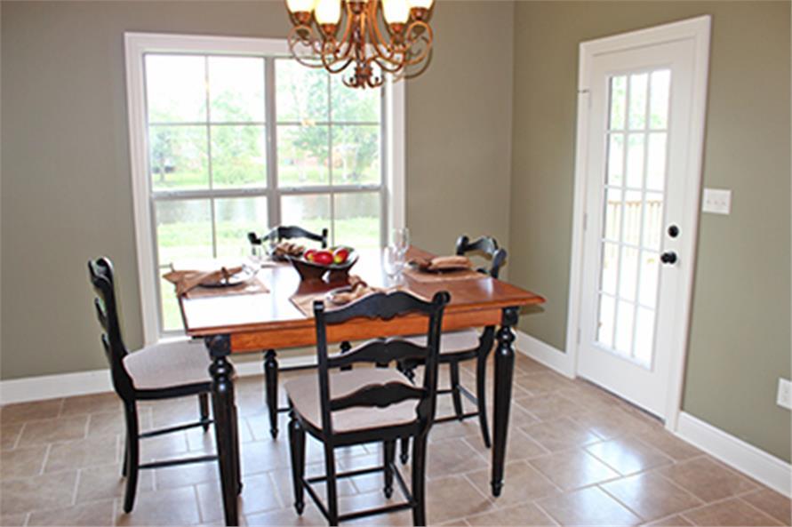 142-1090: Home Interior Photograph-Kitchen: Breakfast Nook