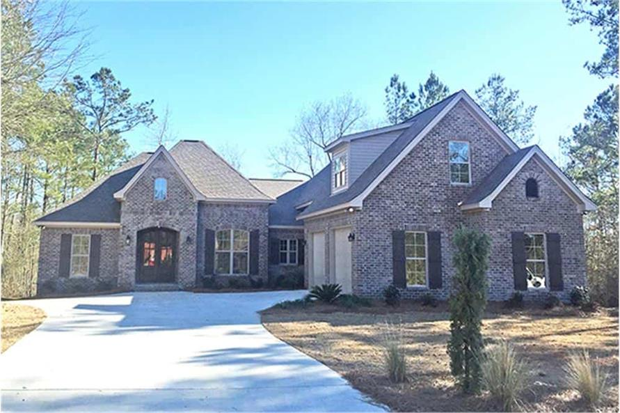 Front View of this 3-Bedroom,2405 Sq Ft Plan -142-1150